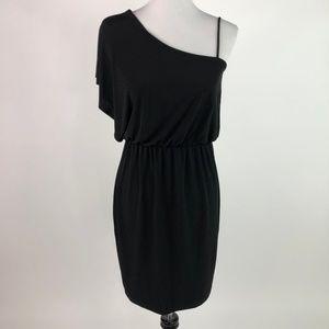 🛍️3/$20 Valerie Bertinelli One Shoulder Dress